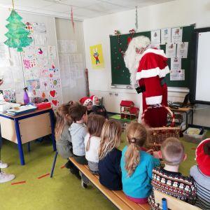 Le Père Noël est passé par l'école maternelle...