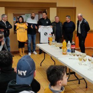 De nouveaux maillots pour le FC Senillé St-Sauveur