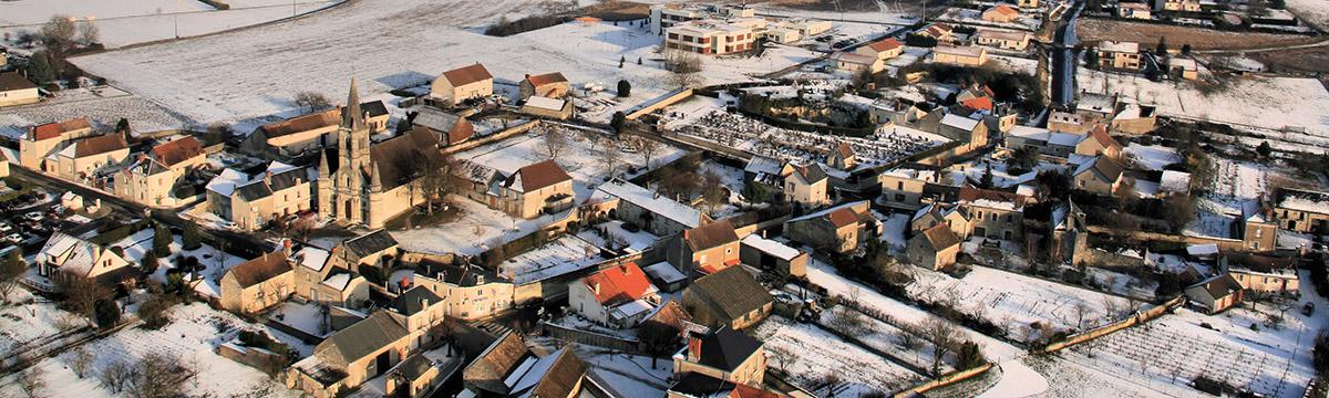 Le bourg de Senillé sous la neige - © JG